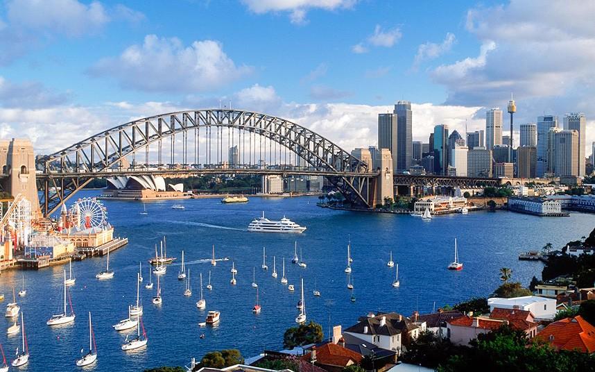 Australia_2398331k