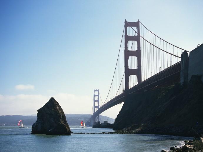 Golden Gate Bridge, San Francisco , California