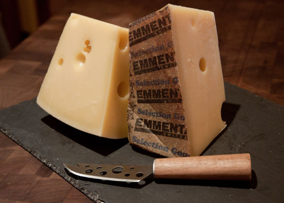 20110812-murrays-cheese-emmenthaler-01