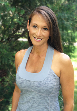 Lakeside-Fitness-FBBC-Photo-Lesa Head Shot