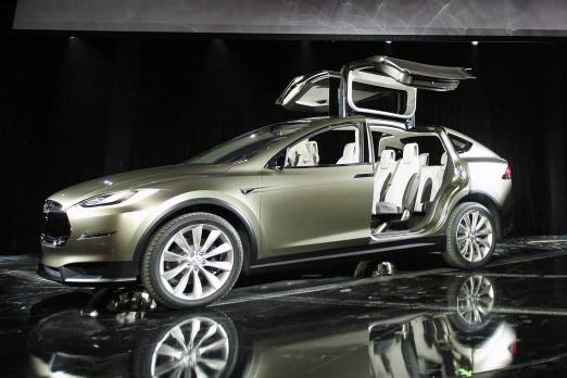 Tesla_Model_X_Geneva_2012_trimmed