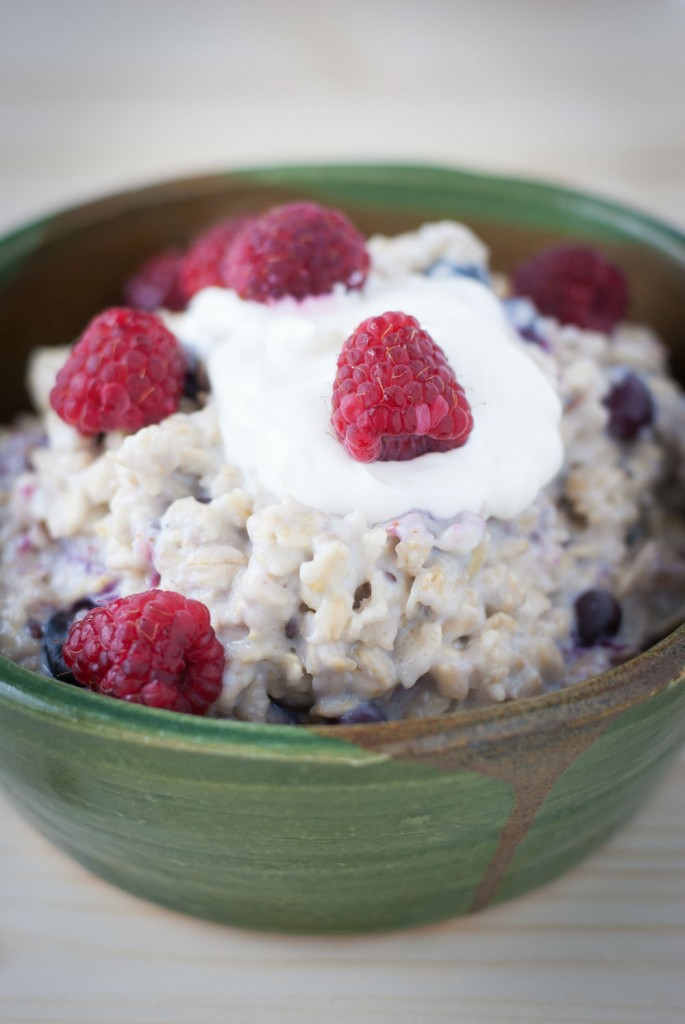 steel cut oatmeal and fruits